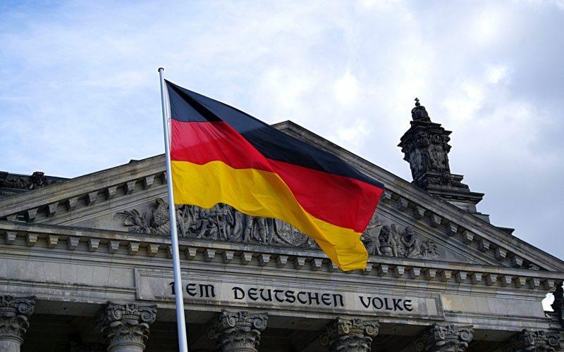 Flaga Niemiec co oznaczają kolory?