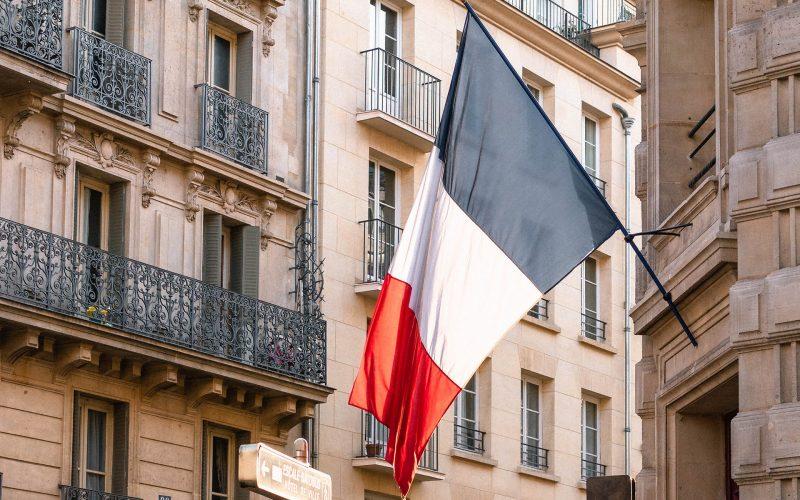 Co oznaczają kolory na fladze Francji?