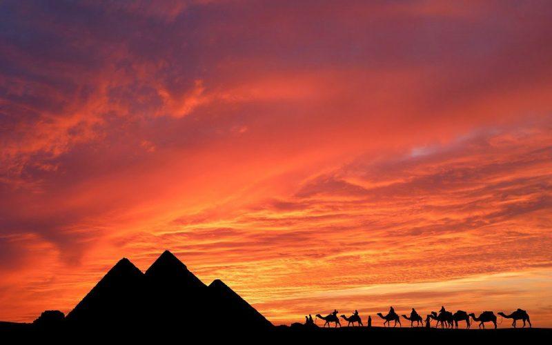 Jak wysokie są Piramidy w Egipcie?