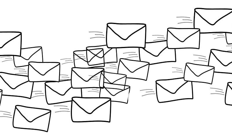 Czy wielkość liter w mailu ma znaczenie?