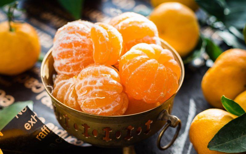 Ile kalorii mają mandarynki?
